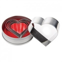Vogue Heart Pastry Cutter Set
