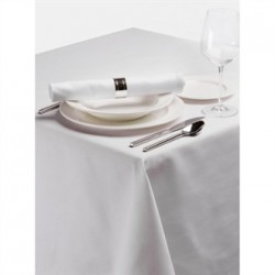 Palmar Polyester Tablecloth White 70 x 108in